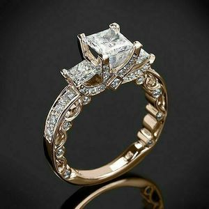 *NEW ARRIVAL* Princess Cut White Topaz Wedding Engagement Ring Jewelry Sz 6 / 8 / 9 / 10 *See My Other 300 Items for Sale in Palm Beach Gardens, FL
