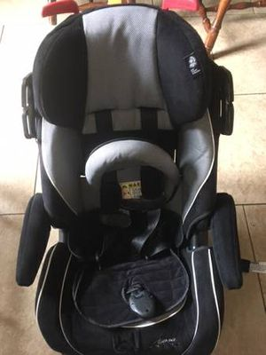 Safety 1st Alpha Omega Elite Convertible Car Seat-$45 for Sale in Tampa, FL