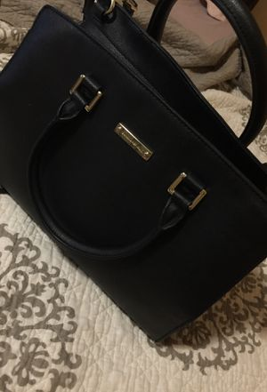 Banana Republic black messenger bag for Sale in Stickney, IL