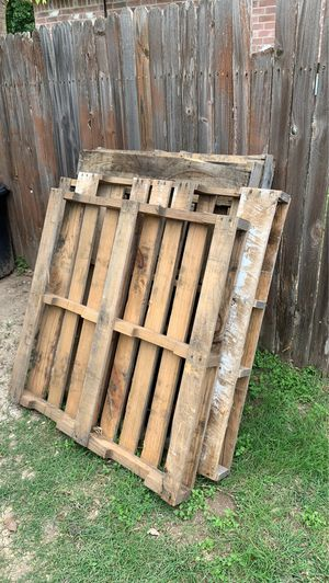 Free pallets! for Sale in Pflugerville, TX