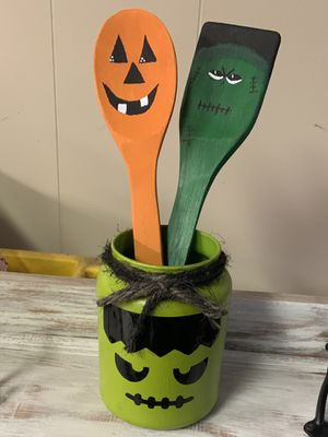 Halloween jar and spoons decoration for Sale in Aliquippa, PA