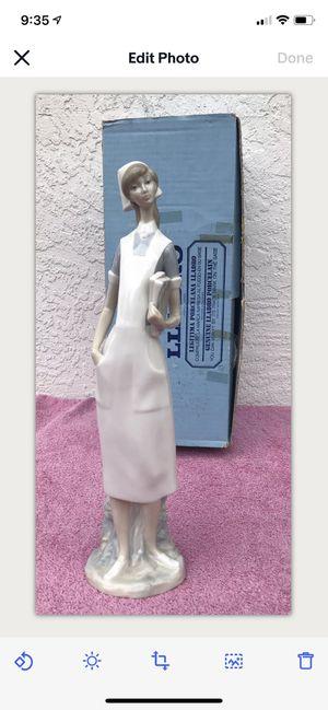 "Vintage Lladro Nurse Figurine #4603 1971 Sculptor Salvador Furio 14 1/4"" w/box for Sale in Chula Vista, CA"