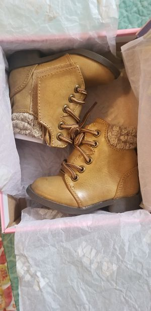 Baby girl boots size 2 New for Sale in Salem, OR