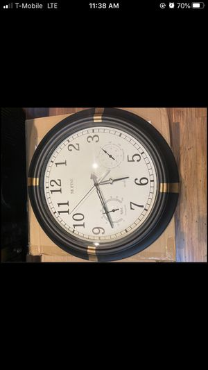 MOFINE OUTDOOR THERMOMETER CLOCK for Sale in San Diego, CA