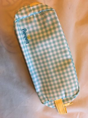 Pampers diaper bag make up case wipe case for Sale in Lake Elsinore, CA