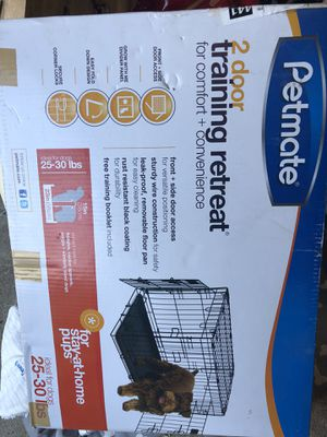 Petmate 2 Door kennel great for dogs up to 30 pounds for Sale in Virginia Beach, VA