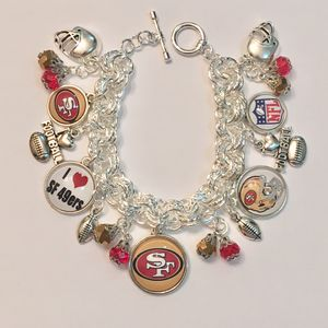 """San Francisco 49er's """"New"""" Charms Bracelet. for Sale in Madera, CA"""