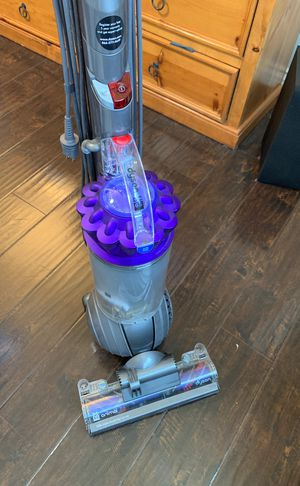 Dyson Ball Animal Upright Vacuum , Purple for Sale in Redlands, CA