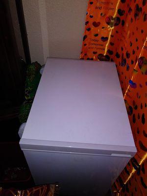 Ice Freezer Refrigerator for Sale in Las Vegas, NV