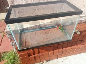 Fish tank. for Sale in City of Industry, CA