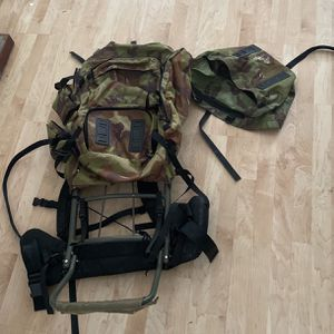 Tall Hunting/ Hiking Backpack for Sale in Elgin, IL