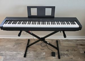 Yamaha P 45 digital keyboard, ProLine stand, Yamaha headset and sustain pedal for Sale in INDIAN RK BCH, FL