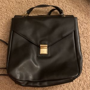 Black and gold backpack for Sale in El Cajon, CA