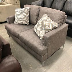 🤙On Display 🤙In Stock 🤙For Sale From An Actual Store 🤙Arcola Java Sofa & Loveseat Living Room Set by Ashley👈🤙👉 for Sale in Greenbelt,  MD