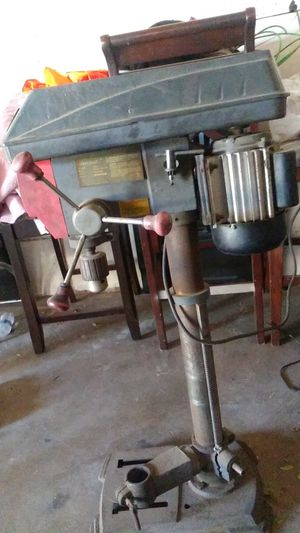 Drill press . rmps laser an light for Sale in Fontana, CA