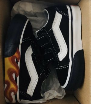 Kids Vans Old Skool V (flames Cut Out) Sz 4 for Sale in Delray Beach, FL