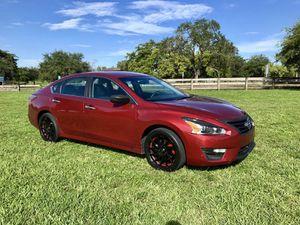 2014 Nissan Altima for Sale in Opa-locka, FL