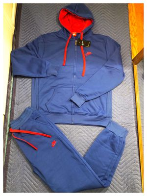 Nike sweatsuit size large and 3xl for Sale in Clifton, NJ