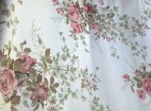 *** LOVELY VINTAGE WALLPAPER *** for Sale in San Diego, CA