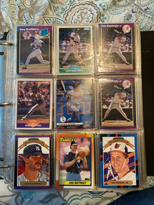 Book of 1000 sports cards- all MiNT-only Rookies and Stars- Mattingly, Clemens, McGuire, Dan Marino, to Scotty Pippen and so much more for Sale in Mineola, NY