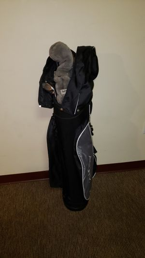 Golf set with bag and covers for Sale in Morgantown, WV