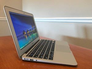 MacBook Air 2014 OS High Sierra for Sale in Cary, NC