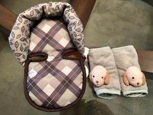Baby carrier pillow and belt lining, $5 for both for Sale in Stone Mountain, GA