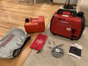 Honda EU2000i Inverter Generator LIKE NEW only 12 hours, MANY Extras! for Sale in Woodinville, WA