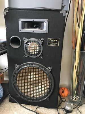 Podium Pro Audio Studio Series Speakers for Sale in Chicago, IL