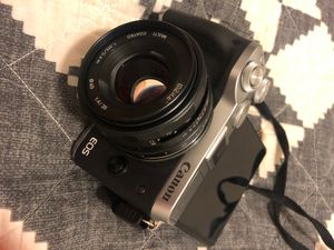 Canon m6 with 2 lenses (canon 15-45 f3.5-6.3. + meike 50m f1.4) for Sale in Brooklyn, NY