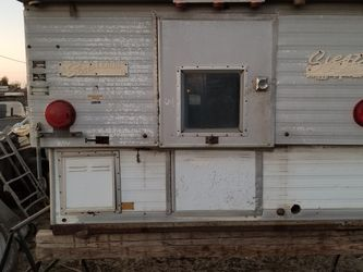 1968-1972 Siesta Hard Side Pop Up Truck Camper for Sale in Bakersfield,  CA