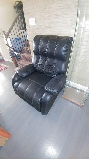 Black recliner for Sale in Rockville, MD
