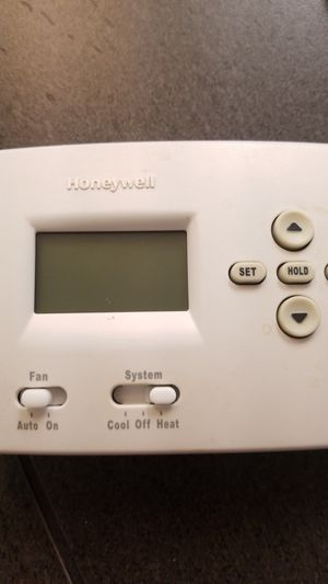 Honeywell thermostat for Sale in Visalia, CA