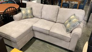 """Homelegance Clumber 82"""" Reversible Sectional with Accent Pillows, Beige for Sale in Hilliard, OH"""