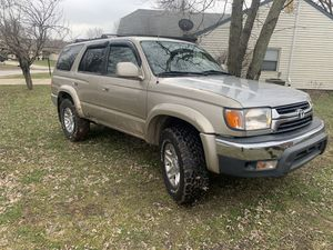 TOYOTA 4Runner 2002 sr5 for Sale in Oaklandon, IN