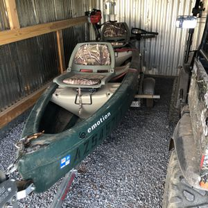 12 Ft Canoe With Trailer for Sale in Show Low, AZ