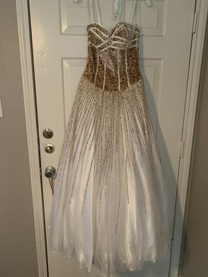 Glamour by Terani Couture Size 2 Prom Dress Style G146 for Sale in San Antonio, TX