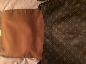 Louis Vuitton carry on for Sale in Queens, NY