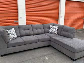FREE DELIVERY! Modern Gray Sectional Couch! for Sale in Woodinville,  WA
