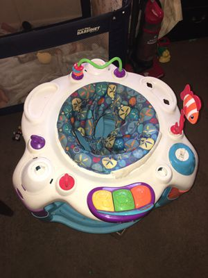 Baby walker and entertainment toy for Sale in Lynchburg, VA