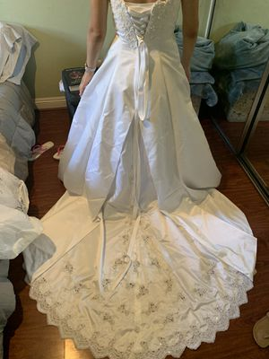 WEDDING DRESS! BRAND NEW! look for more details for Sale in Santa Ana, CA