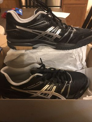 ASICS women's size 9 worn once indoors for Sale in Marengo, OH