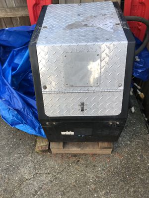 Thermoking diesel auxiliary power unit from semi truck. APU for Sale in Mill Creek, WA