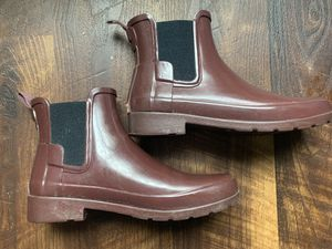 Hunter rain boots ankle boots size 7 for Sale in San Francisco, CA
