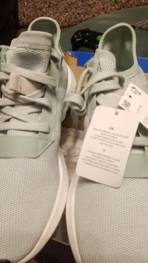 New Adidas womens 9.5 for Sale in Cleveland, OH