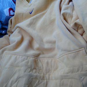 LA Lakers XL Sweatshirt for Sale in Dallas, TX