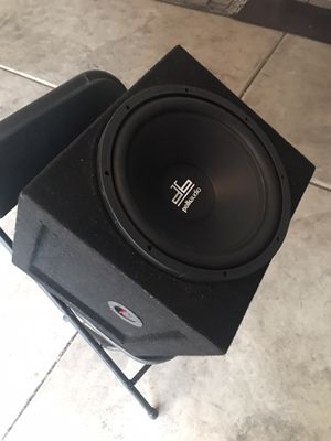 Polk audio competition subwoofer with box for Sale in Anaheim, CA