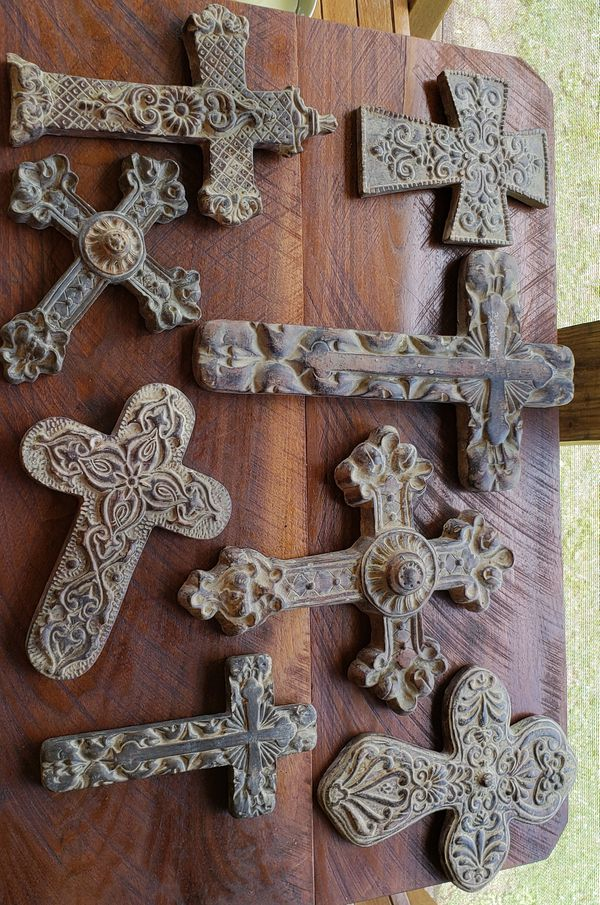 Set of 8 crosses