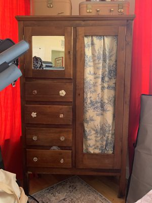 Armoire for Sale in Wilton Manors, FL