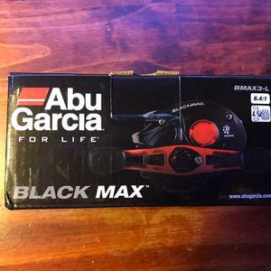 Abu Garcia Left Handed Bait Caster for Sale in Fairfax, VA
